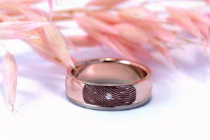 Ring roodgoud vingerafdruk door Teun van de Vorst goudsmid in Wijchen