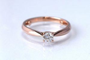Roodgouden ring met diamant verlovingsring Teuns Design Wijchen goudsmid