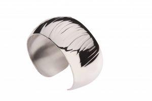 Dierenprint armband zilver zebra Teuns Design goudsmid WijchenDierenprint armband zilver zebra Teuns Design goudsmid Wijchen